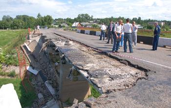 Министерство культуры выделит крупные средства на ремонт боровичского моста