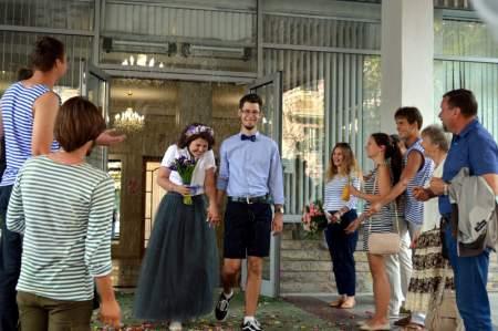 москва стояла на пути из варяг в греки: