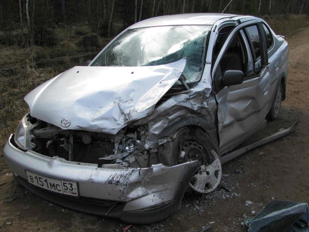 В результате дорожно-транспортных происшествий 2 человека получили травмы