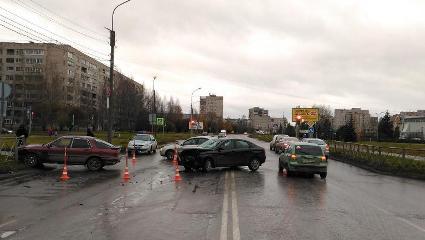 В результате этого дорожно-транспортного происшествия получил травмы пассажир автомобиля