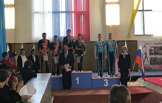 Новгородские акробаты взяли серебро Кубка России