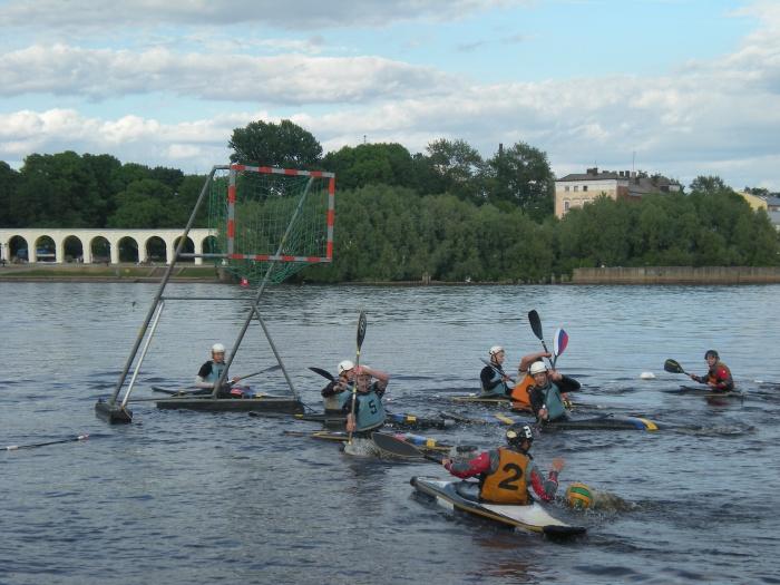Новгородские кануполисты выиграли домашний этап Кубка России