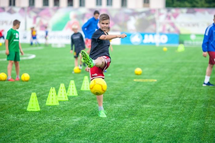 В Новгородской области стартовал Всероссийский детский фестиваль дворового футбола