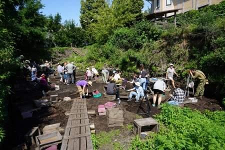 В Великом Новгороде работает летняя археологическая школа