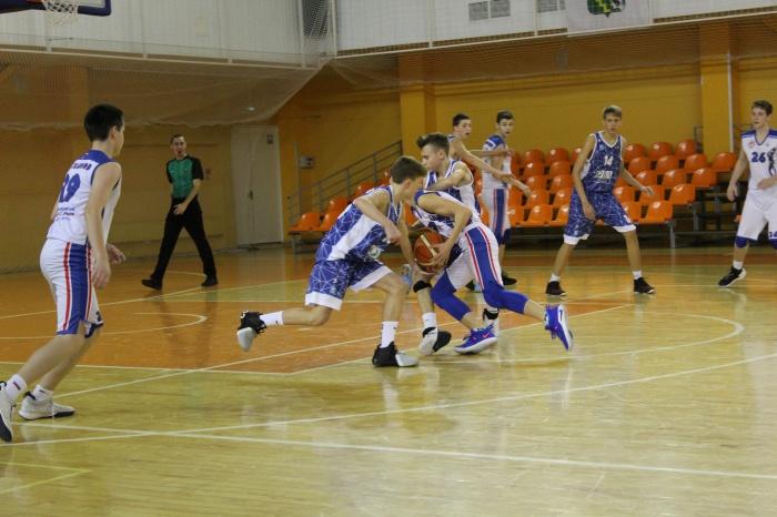 Баскетболисты Северо-Запада сразятся в Великом Новгороде за выход в полуфинал первенства России