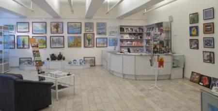 Художественный салон в Музее изобразительных искусств вновь ждет посетителей