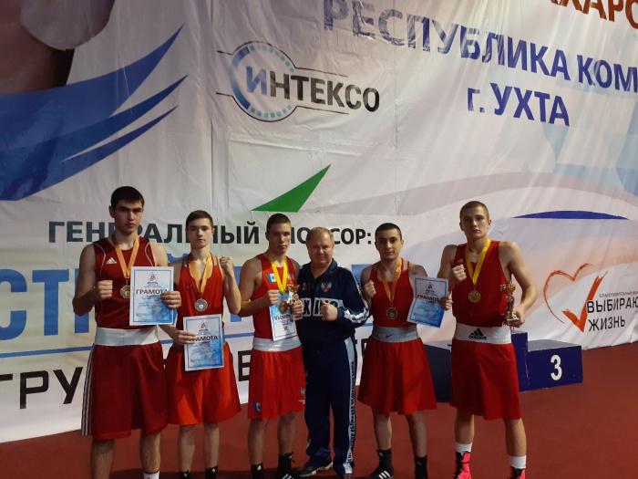 Боксеры Новгородской области завоевали пять наград на первенстве Северо-Запада