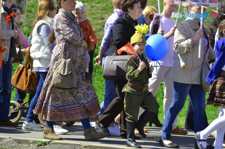 9 мая 2018 года в Великом Новгороде вновь прошло шествие Бессмертного полка.(фото)